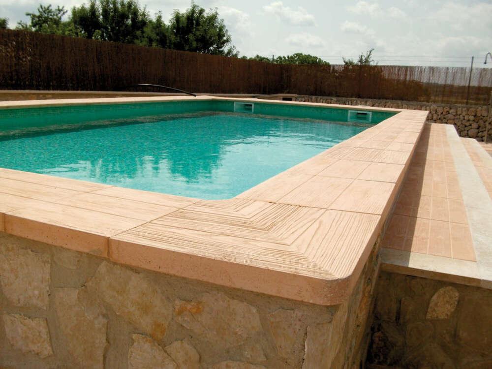 Coronación de piscinas piedra artificial