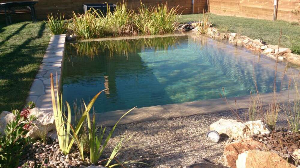Construcción de piscinas naturales ecológicas