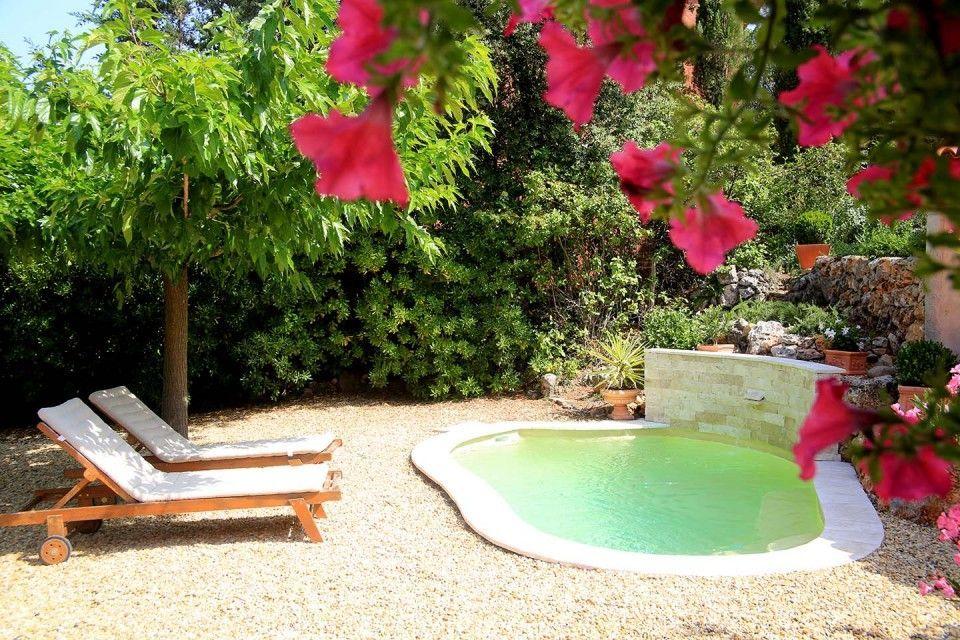 Piscinas para patios pequeños